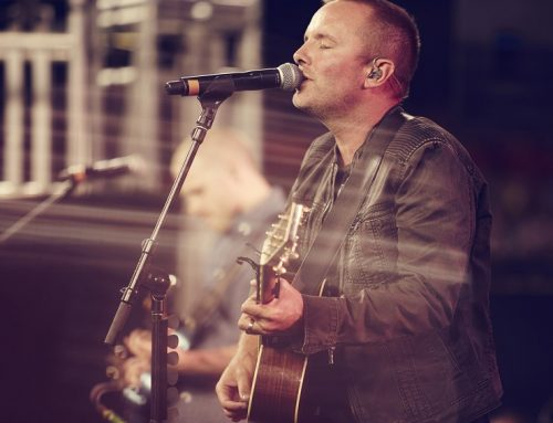 Chris Tomlin To Unite Church For Good Friday